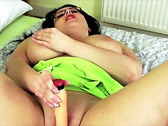 Seksi big bangla sex do očala potrebuje dober fuck