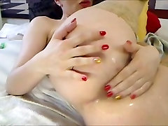 Eros & Mūzika - Camgirl Squirt un Masturbē