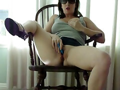 women with big clits wife playing