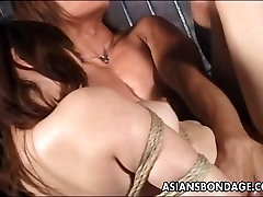 Asian hottie tied up to try a xxx xxxvenidas session