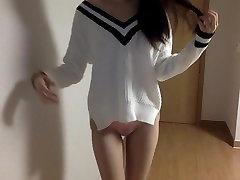 Korėjiečių koledže mergina susiduria