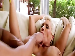varum sex tits