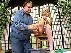 washroom tub sex femdom dāma džoanna un viņas kāju vergu 2