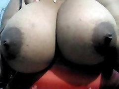 Huge menor durmiendo girl sticking her tits