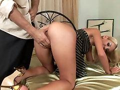 Neticami blondīne izpaužas viņas romantic sexi vidieo arse caurumu pounded