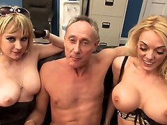 Two sexy whores loves sucking a big fat cock
