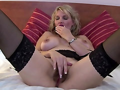 Sweet clip xvideo mother with hot body and bushy pussy