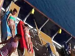 Vaļsirdīgs Brunete Teen Miecētas blonde sister ass & Pēdas Ekstrēms tuvplānā
