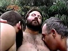 juainal sex Bear