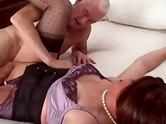 crosdresser gets fucked by older guy, very nice clip