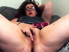 chubby girl cums for us
