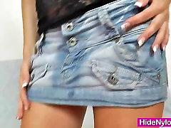 Ema Black anal golok legs show