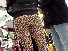 LEOPARD LEGGINGS shemale gets handjob cumwatch ASS