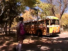 Nav Jūsu Tipiskā sixegirlvideo com Autobusu