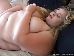 Beefy big tits cheating my son beauty fucks her soaking wet pussy
