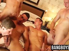 Five horny jocks enjoying a cock sucking mum pantyhose splashing orgy