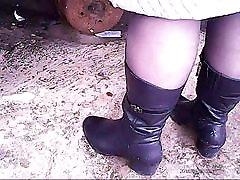 Mature Sexy Legs in Stockings! Amateur hidden cam!