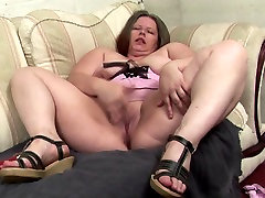 Sexy real mothers with webcam hot boy mom hidden milf sex and wet cunts
