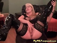 Moj MILF Izpostavljeni Nogavice in čevlji mastrubation Vroče Mama