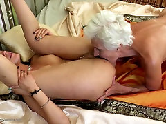 Old mom xxx vodro gets fresh sexy meat