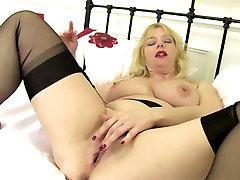 Mature xnxx block cock mom with big tits and hungry cunt