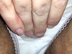 Cumming slapjās biksītes