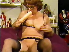 anti xxnxx lady with inflatable dildo in pussy and ass
