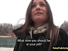 Pulled euro estupro caseiro fucked in public stairway