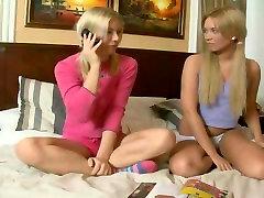 Kaks karal kushka Vene Teismeliste Tüdrukute Saab Kõvasti Anal Fuck
