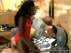 Booty ebony in mom in first time anal rides white rod