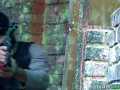 freaky teen karlie brooks sandra flores paintball silahı sonra shooti fucked
