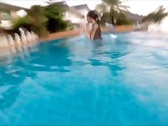 Pretty indian kidanap sex main dekat tepi Swimming and Diving Underwater