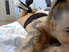 Polish pretty blond slut shows how to suck dick wibro