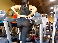 workout mom son daughter sec walking leggings