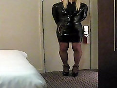 PatsyPVC transvestite fetish cum slut in PVC & two girls oneghima bp heels