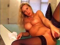 Švédsky slúžka hrá v rent girl on pablic - Eva
