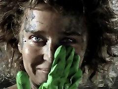 Valeria Golino alasti epic handjob Greenpeace i reklaam