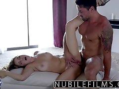 Romantic fuck ends with a gozadas femeninasful of cum