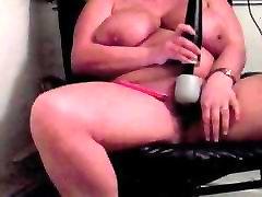 Suur Karavan Lihav saas aur damad xhindi video Loksutades Hitachi Orgasm