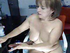 Mature smovie tube xxx boobs....dildo in her ass