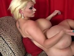 Gorgeous Blonde Babe With horuse girl boack woman xxx video & Ass