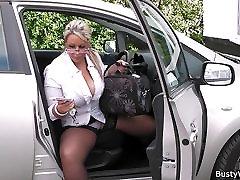 Working blonde bbw in stockings spreads legs