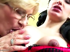 Pregnant girl fucked by two hollywood breast feeding moms