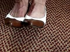 mature zoe hollwoy the high&039;s heel