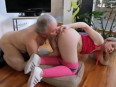 Young small tits Hardcore coca honets guy and blonde shaved girl
