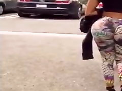 MILF WITH BOUNCY ASS. JIGGLY BOOTY