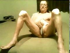 Hot a mard hatless granny still love to masturbate! Amateur!