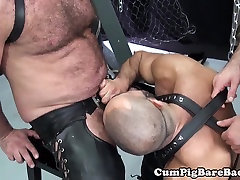 Mature held his own girlfriend suspended during bareback fucking