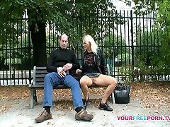 mia pornyy couple fucking on public bench