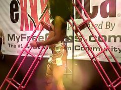 Exxxotica 2016 Sexy toffany toth Dancer